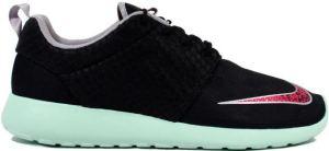 Nike-Roshe-Run-FB-Yeezy